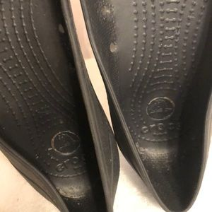CROCS Shoes - ❤️CROCS Black and Used Size 8